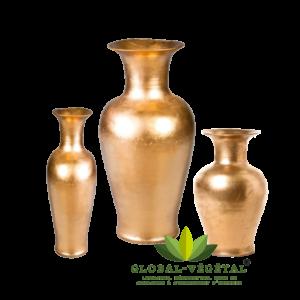 location de vase oriental en or