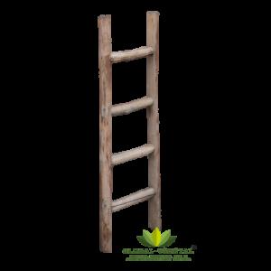 Location d'échelle en bois